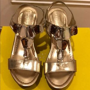 Brand new Kenneth Cole Reaction Wedge Sandal
